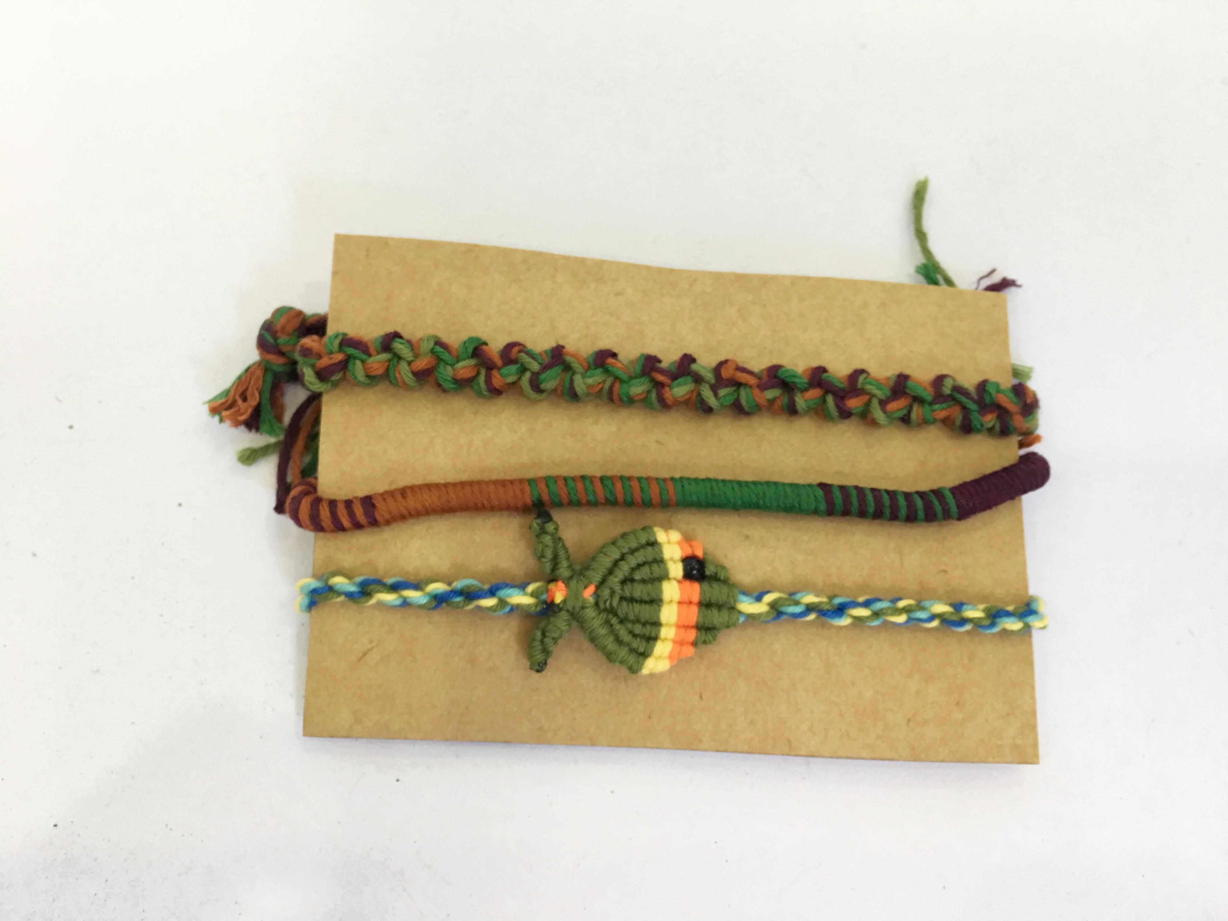 Vòng tay friendship handmade - Bộ 3 vòng (phát màu ngẫu nhiên)