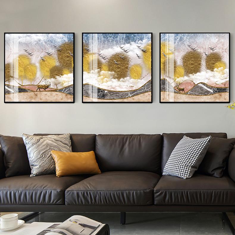 Tranh phong thuỷ Mica 3 bức Hươu và áng mây vàng trừu tượng (Đại trạch thổ). Model: AZ3-0124. Khung nhôm hoặc Composite. Hình ảnh sắc nét, sang trọng, phù hợp nhiều không trang trí