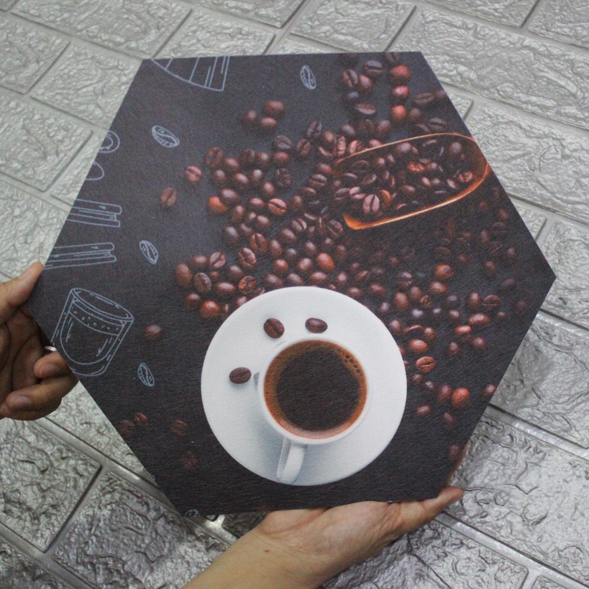 Tranh Formex 3D Nghệ Thuật Chủ đề Coffee -  Dùng Để Dán Tường, Dán Kính, Treo Tường Trang Trí, Thiết Kế, Decor quán Cafe Đẹp - Họa Tiết, Hình Vẽ Ly, Hạt Cà Phê - Chất Liệu Decal Vải Cán Trên Formex 5mm, Không Thấm Nước, Không Bay Màu