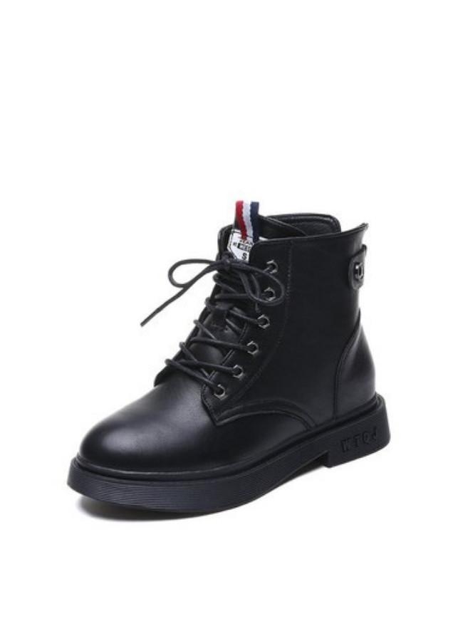 Boot nữ cổ ngắn đế trệt cột dây màu đen HIỆN ĐẠI GBN3201