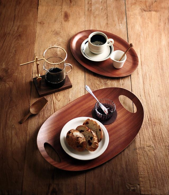 Khay cà phê hình oval uốn cong Holzklotz (28x45cm)