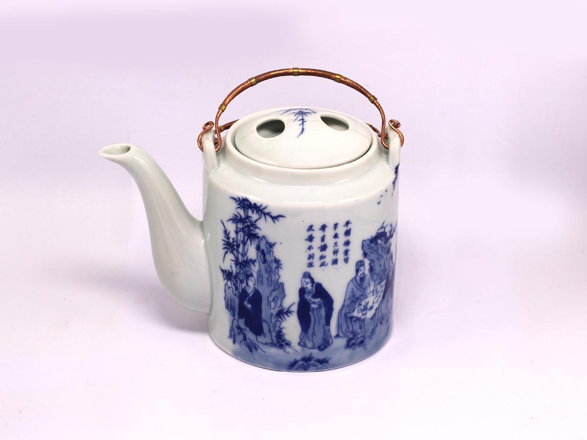 Bộ bình trà ( Ấm Chén) men trắng cao cấp dáng lục giác vẽ bát tiên MNV-TS448