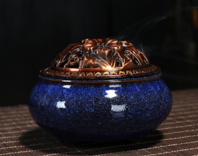 Lư Đốt Xông Trầm Hương Nắp Đồng (Màu ngẫu nhiên)