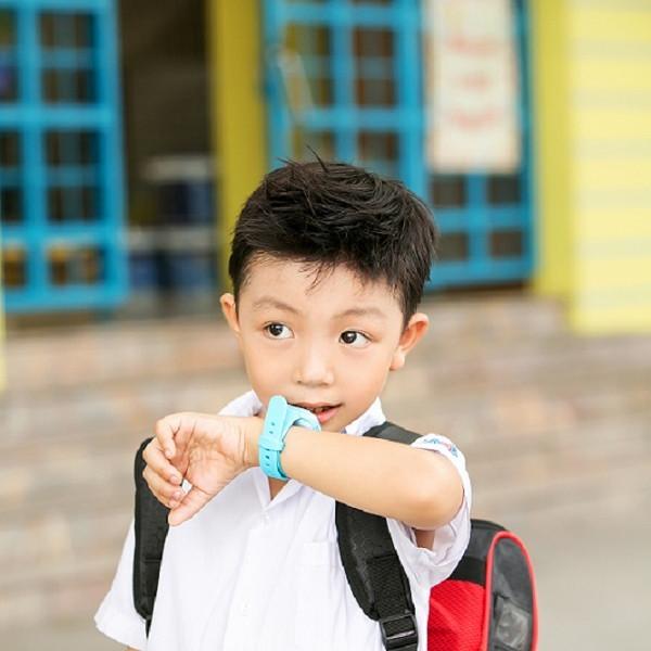 Đồng hồ định vị trẻ em màn hình cảm ứng Kiddy K2 Touch -Tặng SimKid30 -  Hàng chính hãng