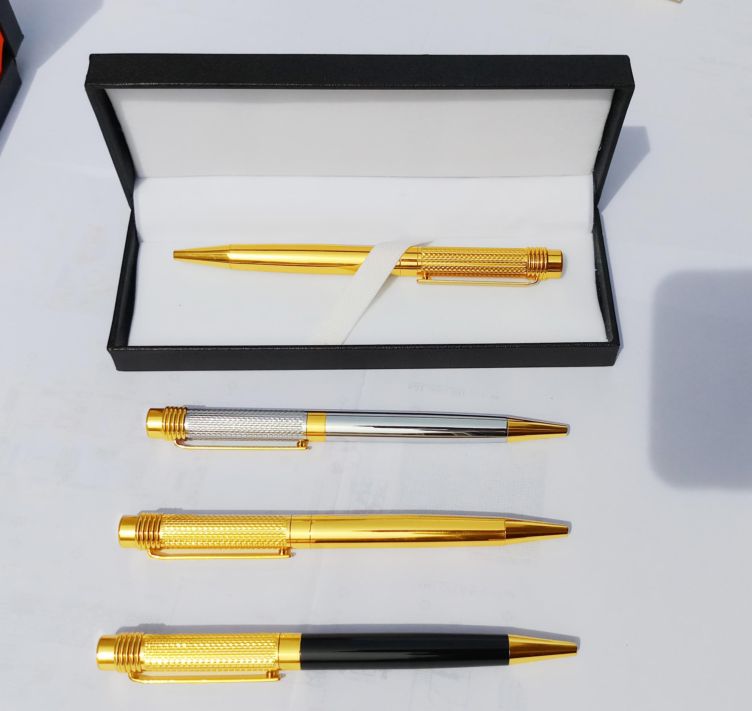 Bút Ký Tên Dạng Xoay Cao Cấp CEO 001A