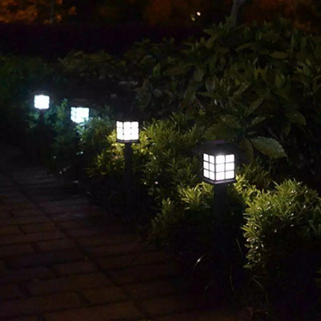 Bộ 2 đèn sân vườn năng lượng mặt trời MH75