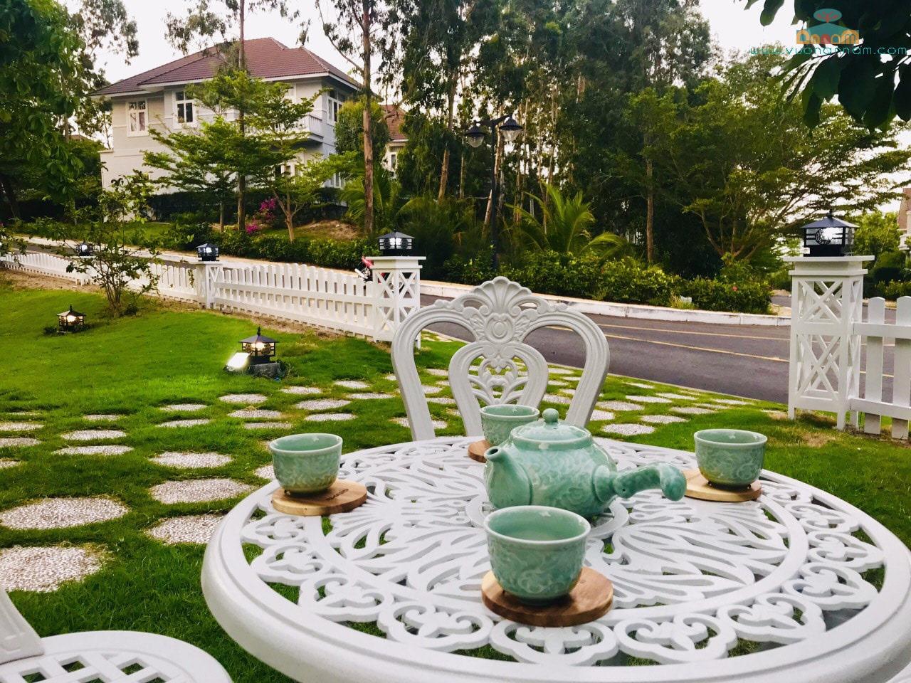 Bàn Ghế Sân Vườn Nhôm Nhỏ BG-002T