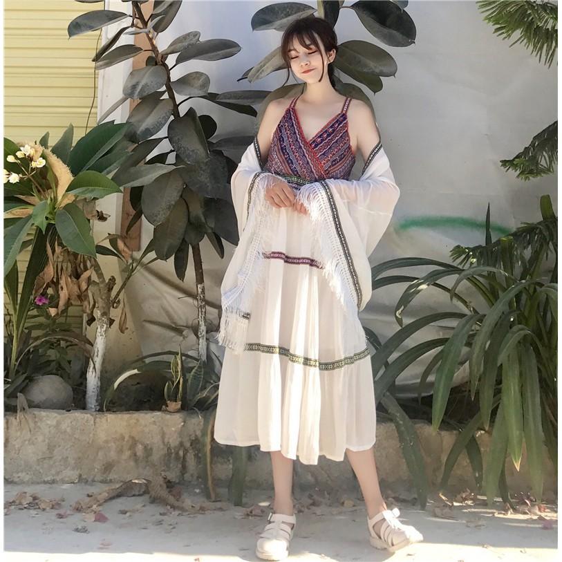 Váy maxi thổ cẩm mix chân trắng xòe