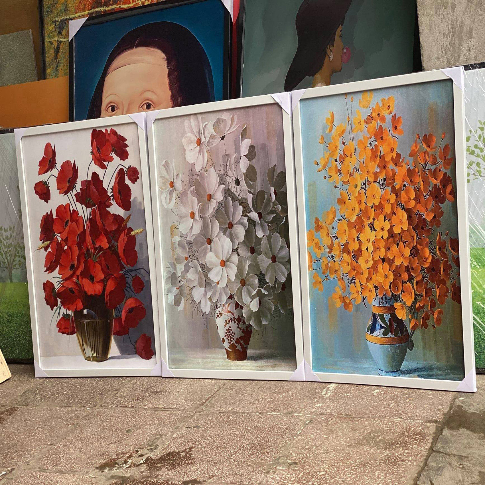 Tranh Canvas Treo Tường Hiện Đại _ Tranh Bộ 3 Cô Gái Mặc váy Hoa Hồng Đẹp