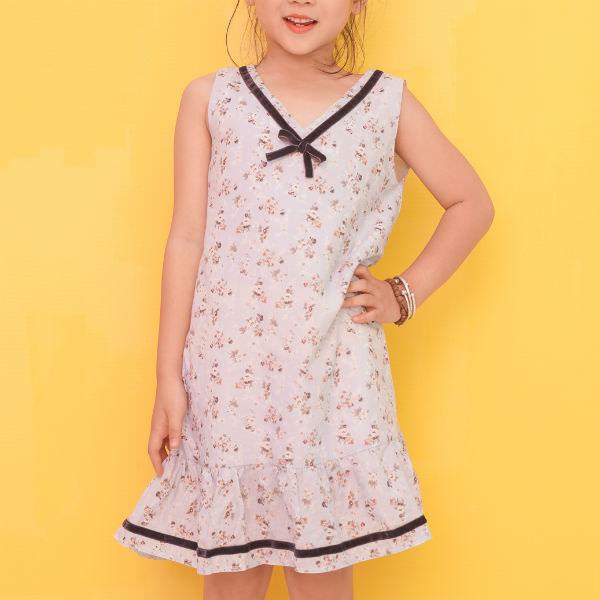 Đầm Suông Bé Gái Họa Tiết Hoa Viền Nơ Cổ Ugether UKID217 - Trắng 3 - 4 Tuổi