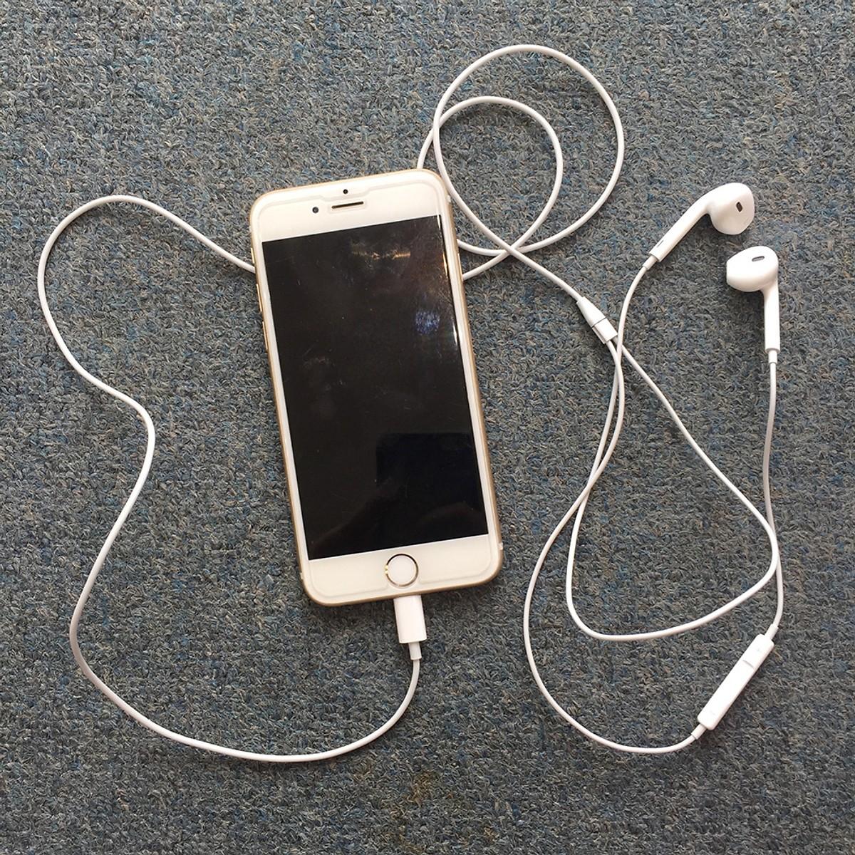 Tai Nghe Iphone 7/8 - Hàng Chính Hãng