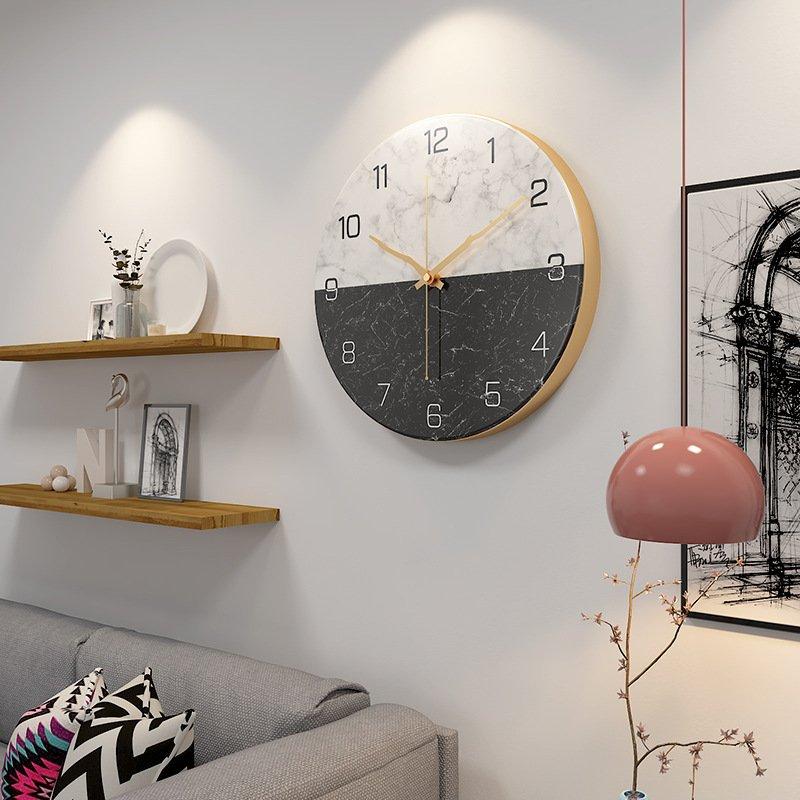 Đồng hồ treo tường phong cách đá cẩm thạch viền kim loại