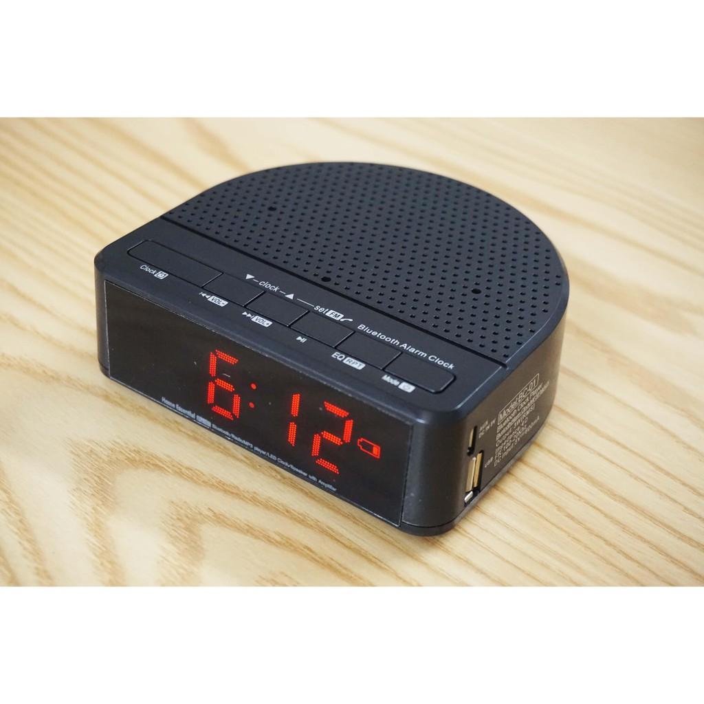 đồng hồ để bàn,Loa kiêm đồng hồ báo thức ()