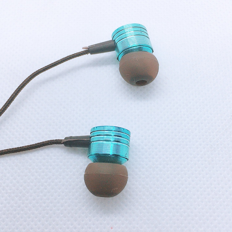 Tay nghe nhét tai supper bass  âm thanh hay trung thực sống động - tặng  kèm 2 cặp núm cao su đeo tai cao cấp - Giao màu ngẫu nhiên.