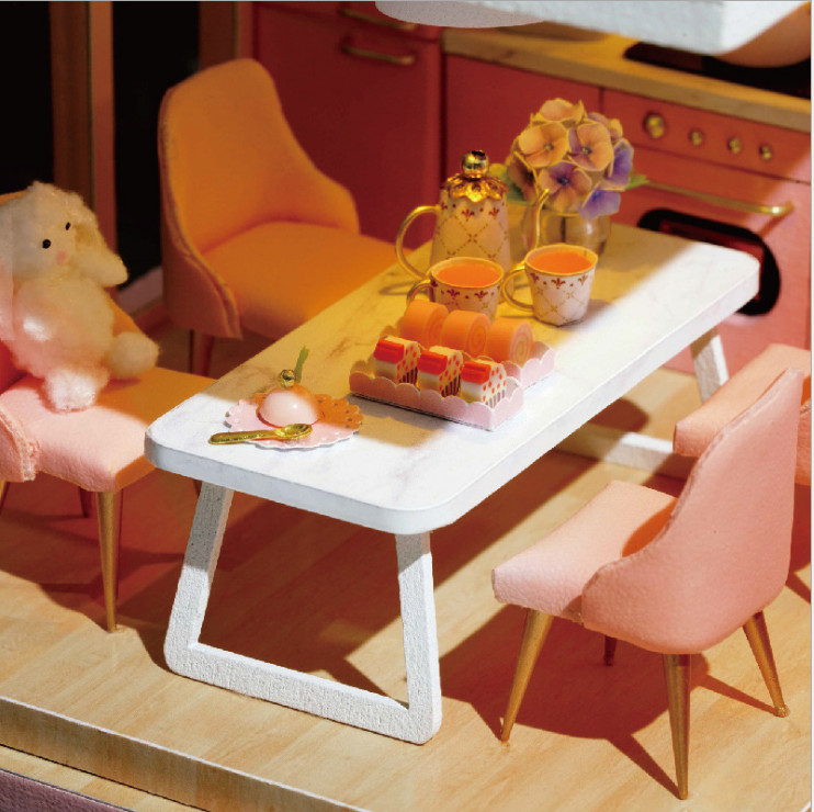 Mô hình nhà DIY Doll House My Little Warm Moment Kèm Mica Chống bụi