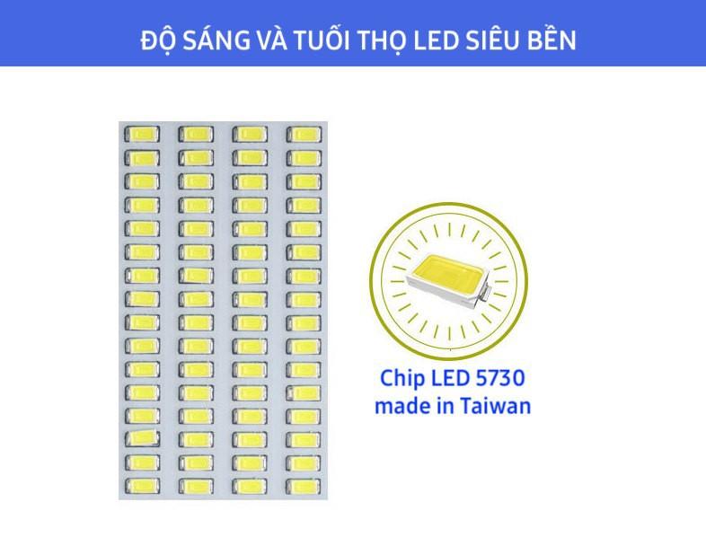 Đèn đường năng lượng mặt trời chính hãng JD6650 tiết kiệm điện, thời gian chiếu sáng đèn lên đến 10-12 giờ/ngày