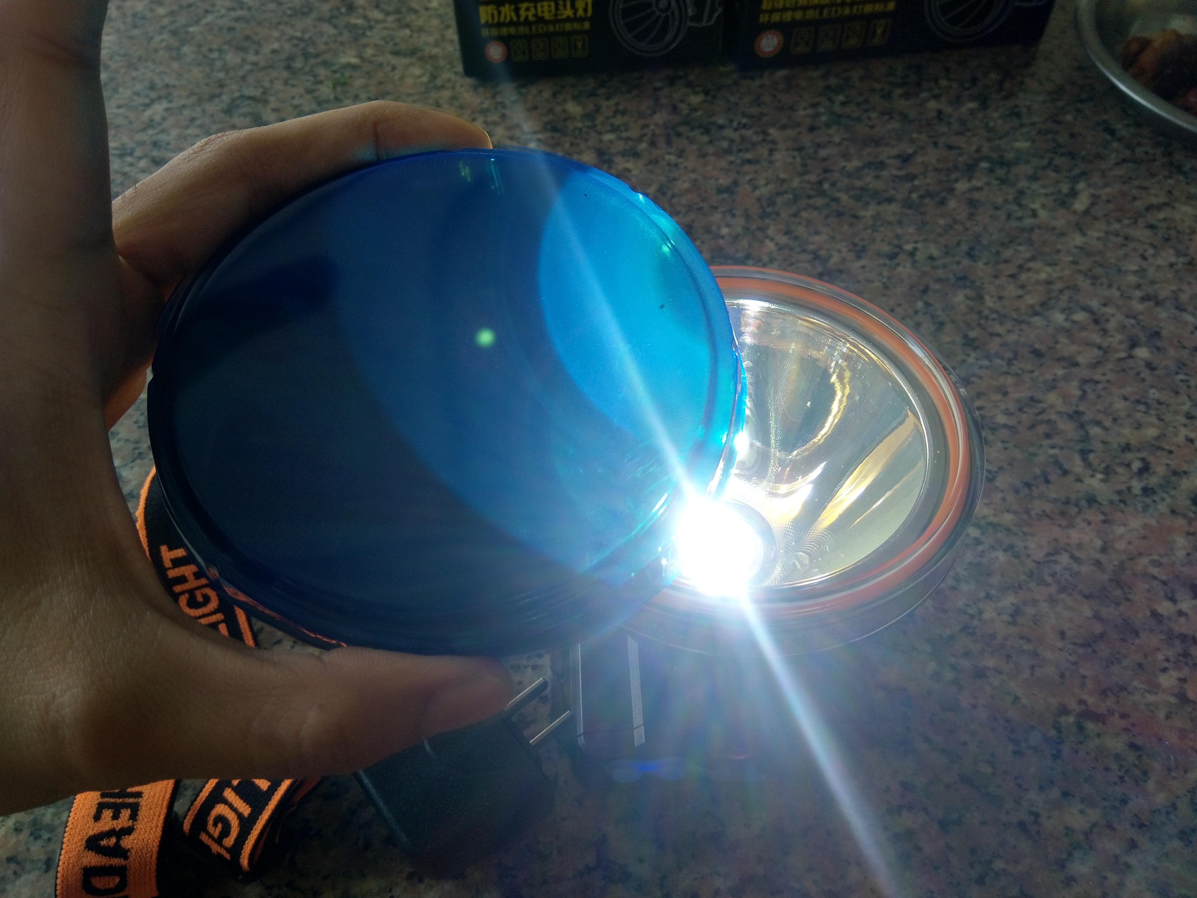 Đèn pin sạc đội đầu siêu sáng 3 chế độ công suất lớn
