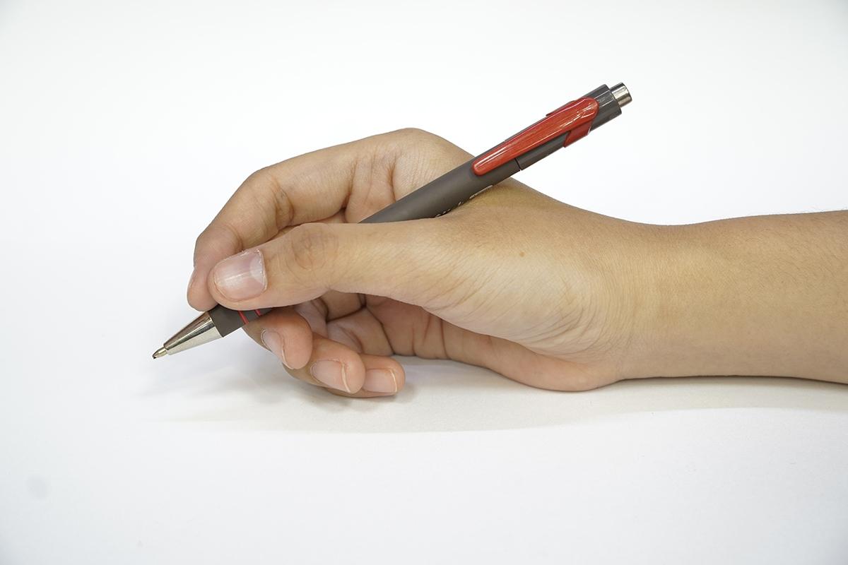 Bộ 2 Bút Bi Bấm A+Plus TB309600 - Mực Đỏ