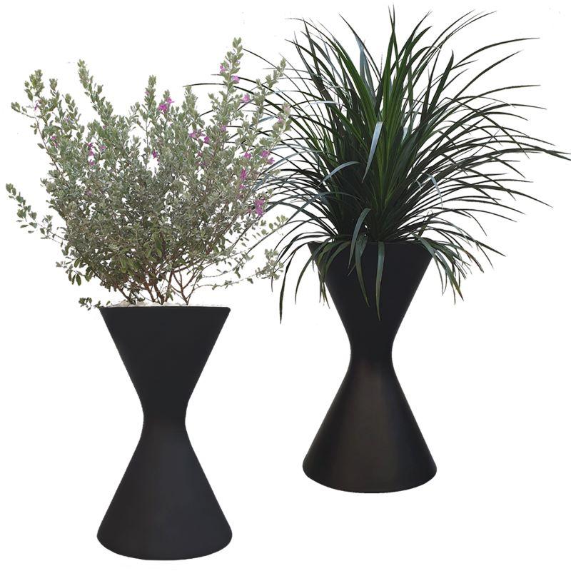 Chậu trồng cây chất liệu composite với kiểu dáng đồng hồ cát độc đáo và sang trọng Kute Nest – Đk 38 x cao 62cm - Dùng cả ngoài trời và trong nhà