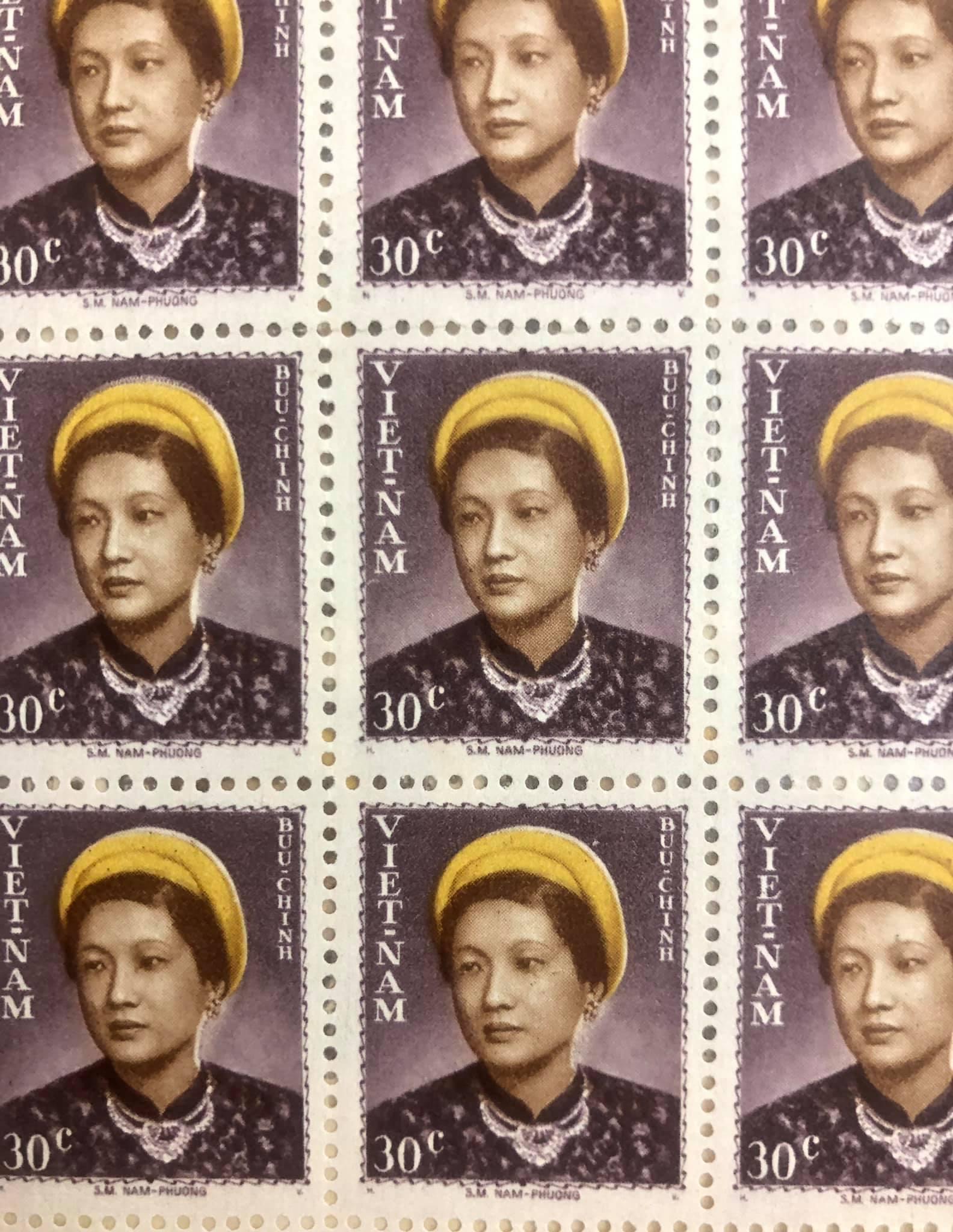 Bloc TEM SỐNG ĐÔNG DƯƠNG NGUYÊN KHỐI 80 con tem in hình Bà NAM PHƯƠNG HOÀNG HẬU