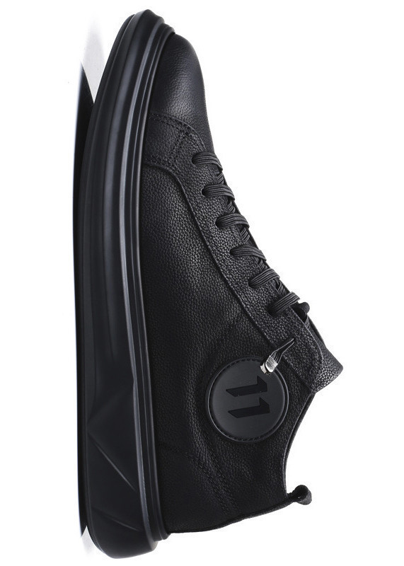 Giày Thể Thao Nam Mã TT01