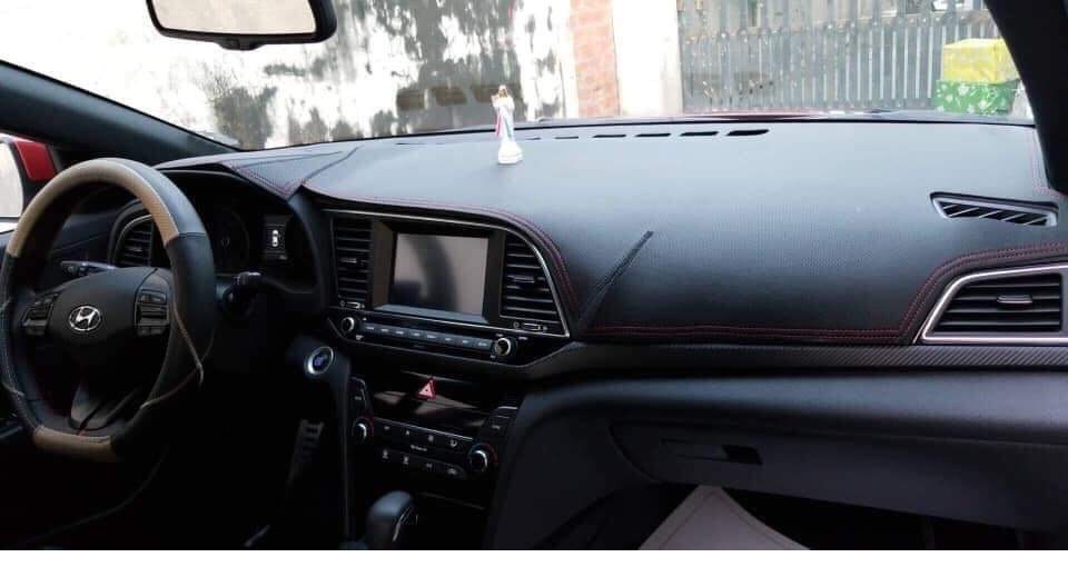 Thảm da Taplo vân carbon Cao cấp dành cho xe Hyundai Santafe 2013-2018