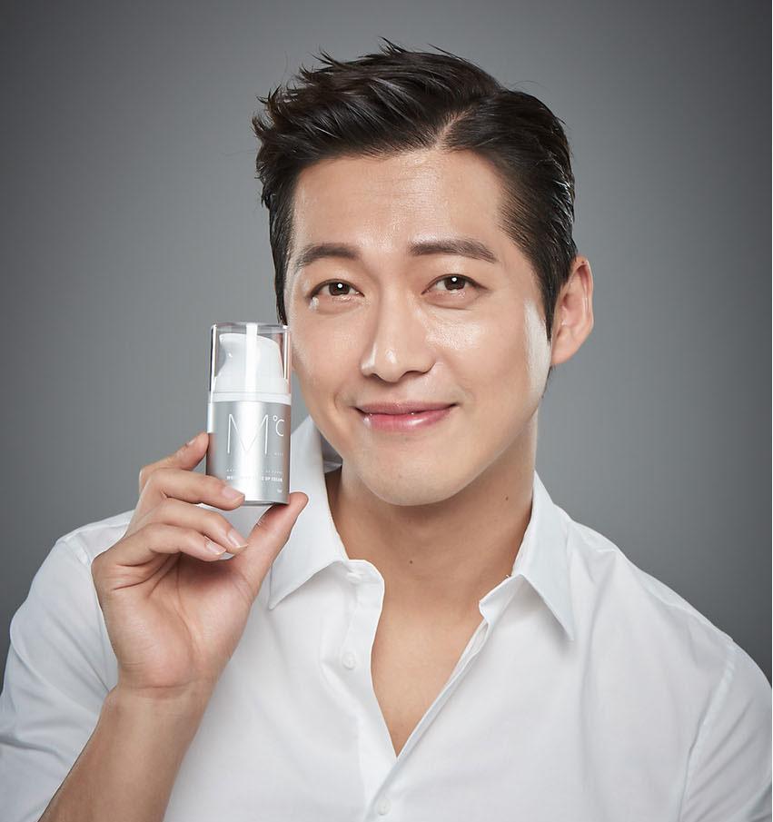 Kem dưỡng trắng da dành cho nam MdoC Whitening Tone Up Cream 50ml JN-MKD02