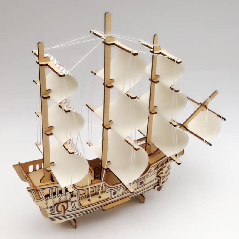 Đồ chơi lắp ráp gỗ 3D Mô hình Tàu chiến Santa Maria Laser ZY-023
