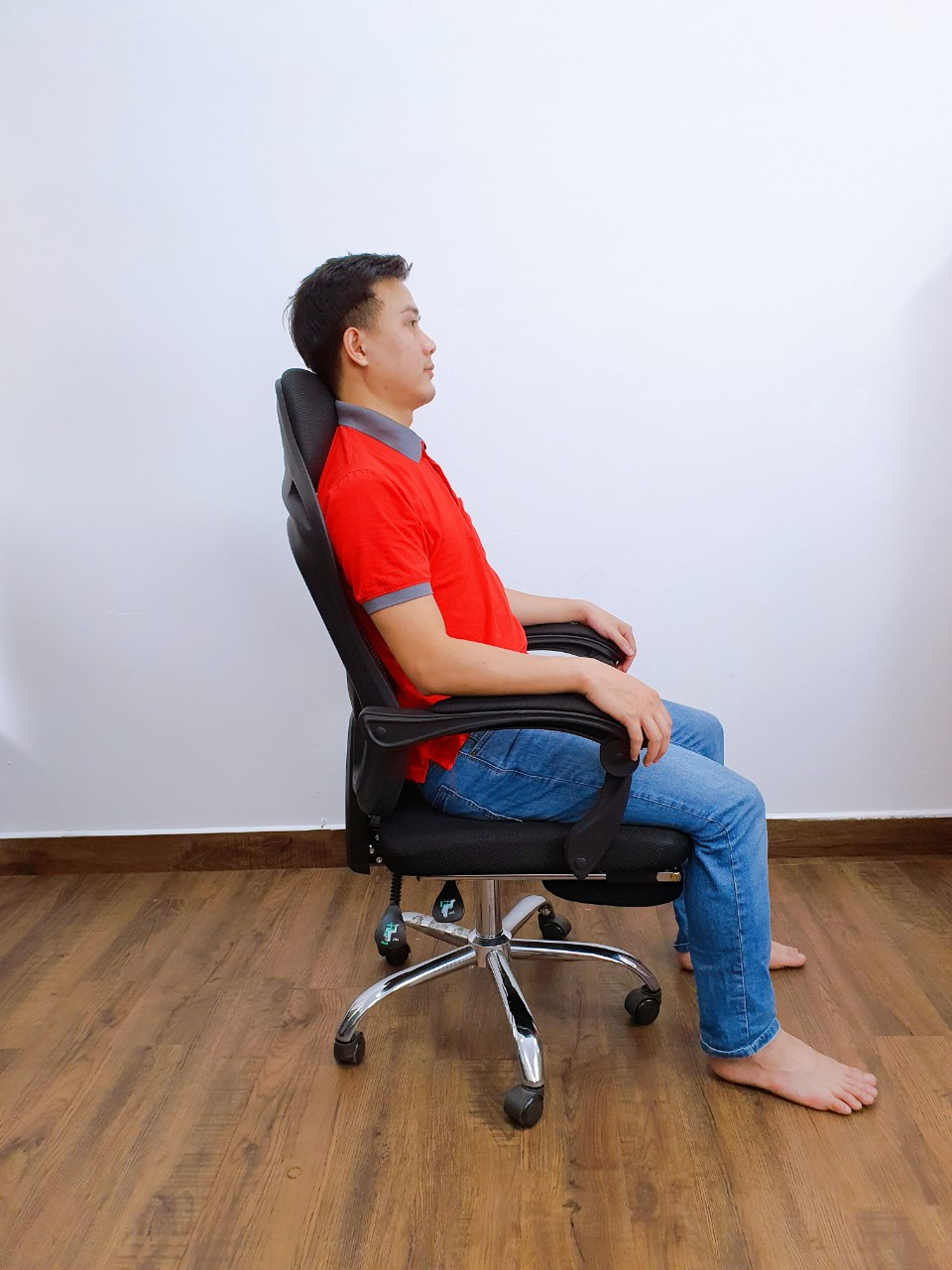 Ghế làm việc thư giãn ngả lưng có chân gác chân xoay AMA-TH887-M1