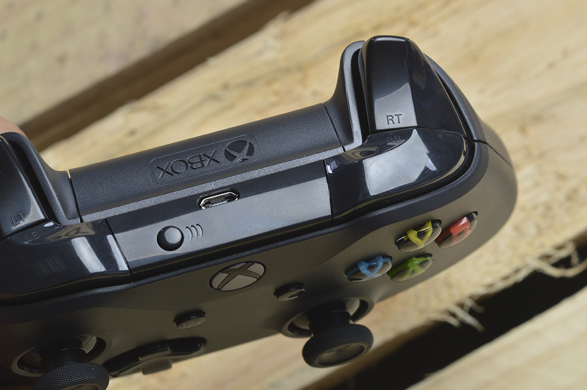 Tay cầm chơi game Microsoft Xbox Controller - Hàng chính hãng