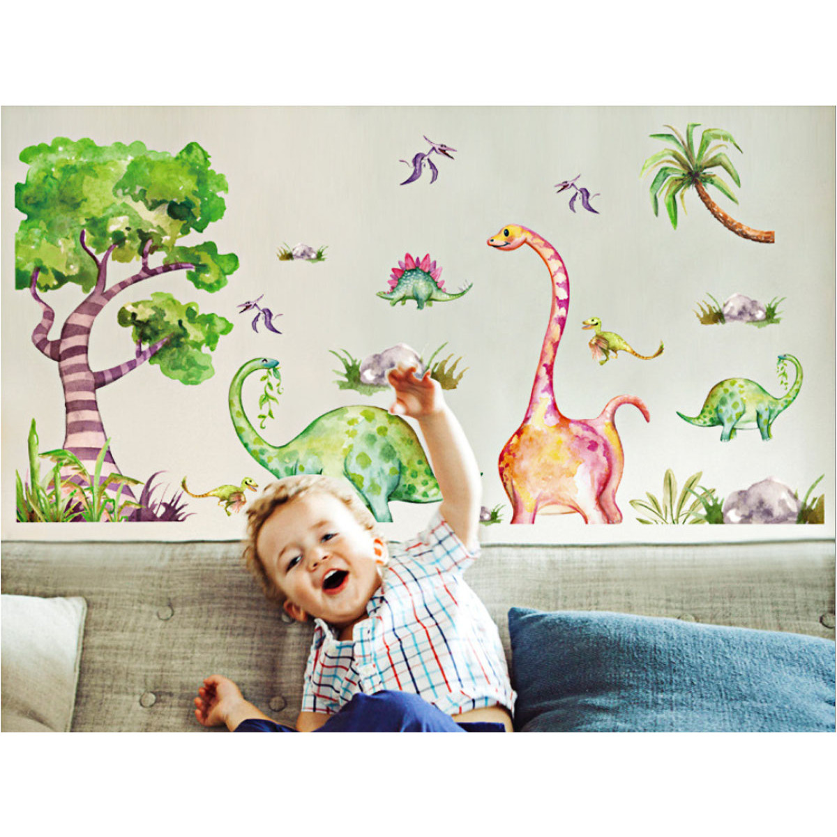 decal dán tường chú khủng long cây xanh