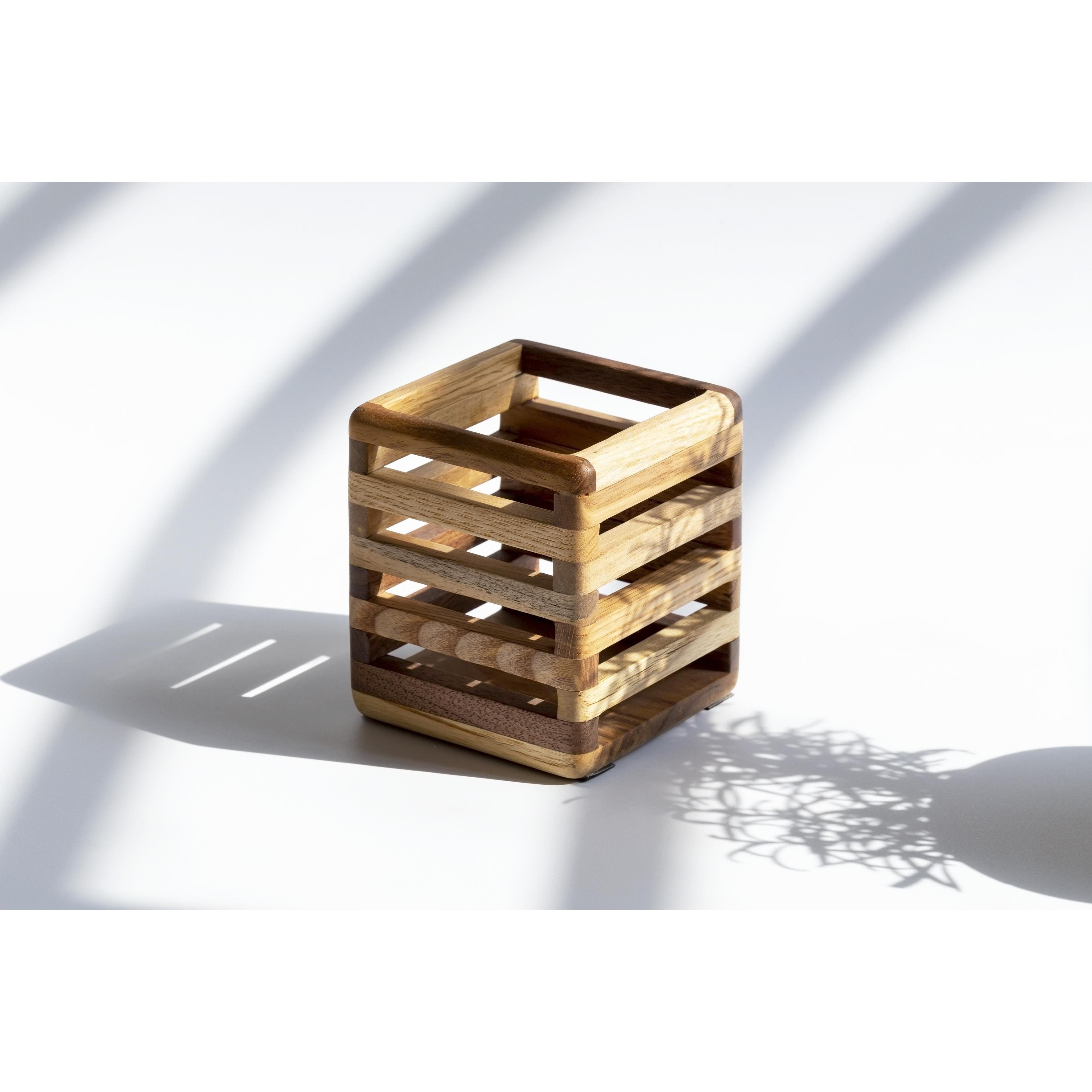 Đồ cắm bút đa năng bằng gỗ tự nhiên
