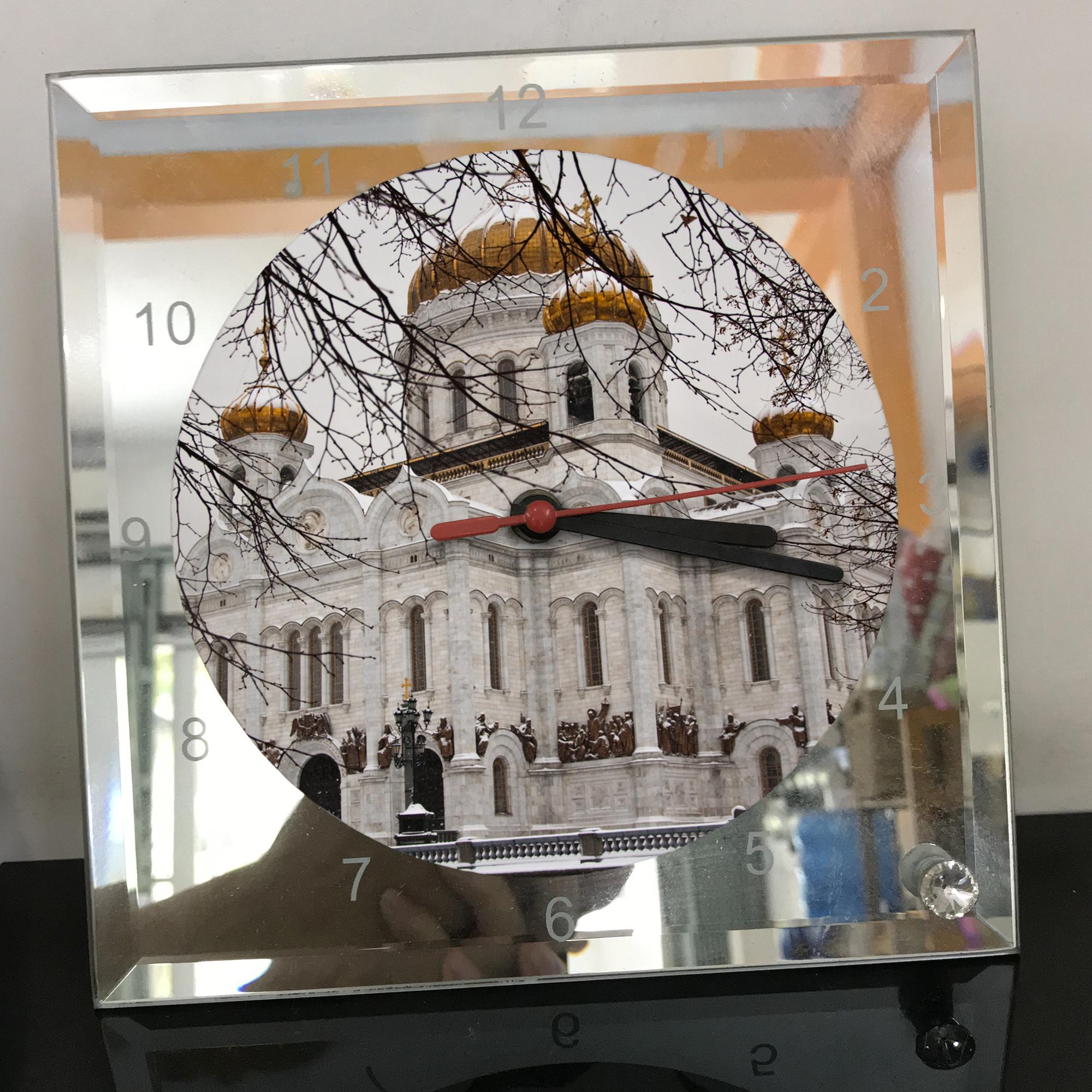 Đồng hồ thủy tinh vuông 20x20 in hình Cathedral Of Christ the saviour (5) . Đồng hồ thủy tinh để bàn trang trí đẹp chủ đề tôn giáo