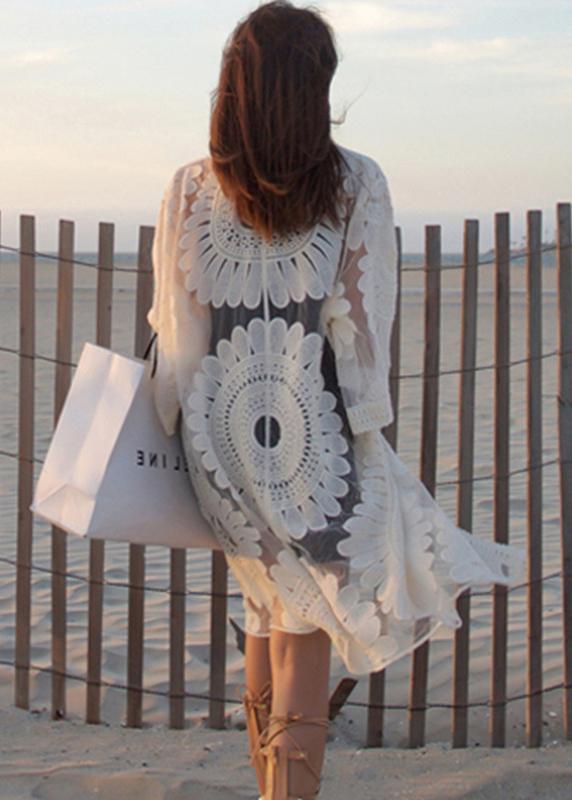 Áo choàng ren đi biển dáng dài, họa tiết hoa hướng dương sang trọng   AR017