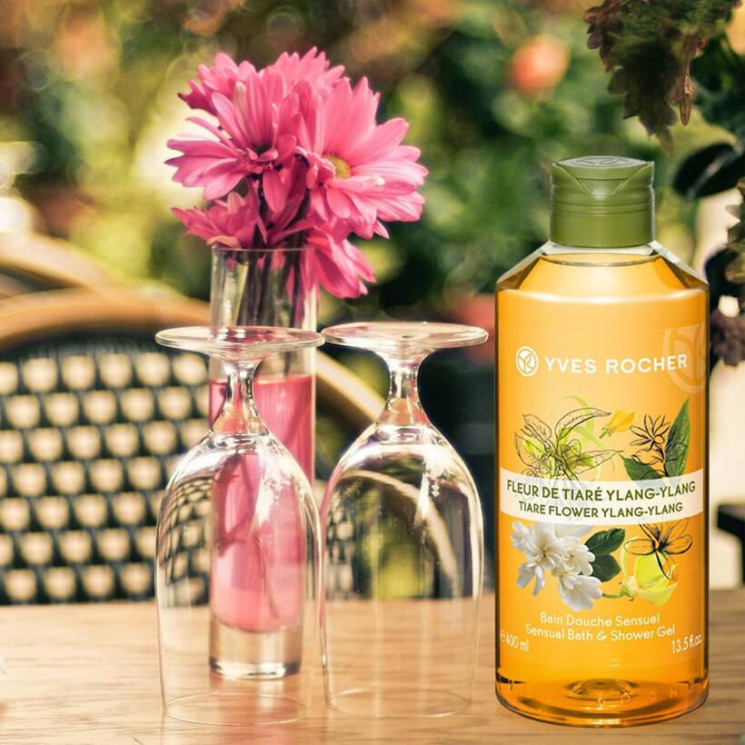 Sữa Tắm Yves Rocher Tiare Flower & Ylang - Ylang Sensual Bath & Shower Gel 400ml