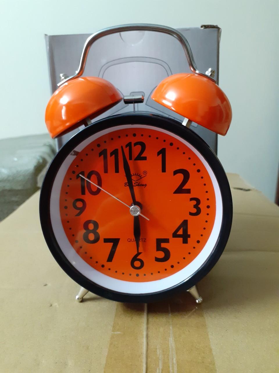 Đồng hồ báo thức để bàn Chuông sắt lớn  A39