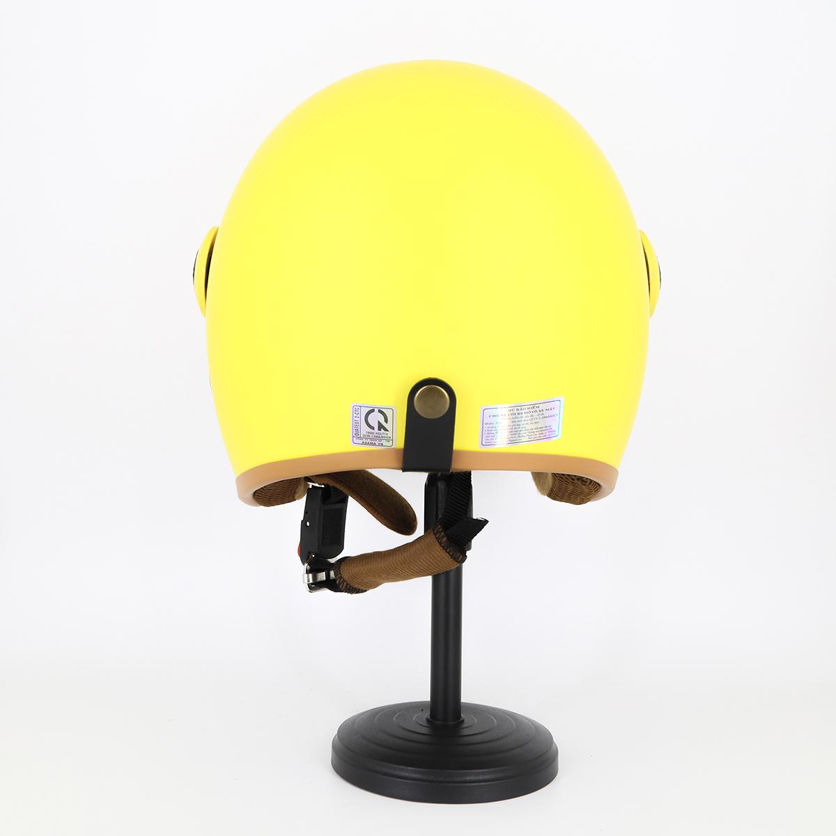 Mũ Bảo Hiểm Có Kính 3/4 Đầu 368k Lót Màu Cao Cấp – Màu Vàng Lót Nâu Kính Trong _ Chống bụi, chống nắng đi được cả ban đêm