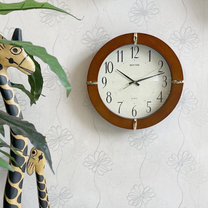 Đồng hồ treo tường Nhật Bản RHYTHM CMG976NR06, Kt 39.6 x 5.6cm, 1.35kg, Vỏ Gỗ