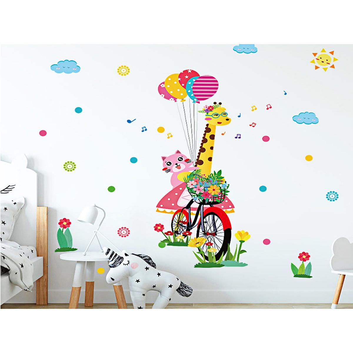 decal dán tường hươu đạp xe