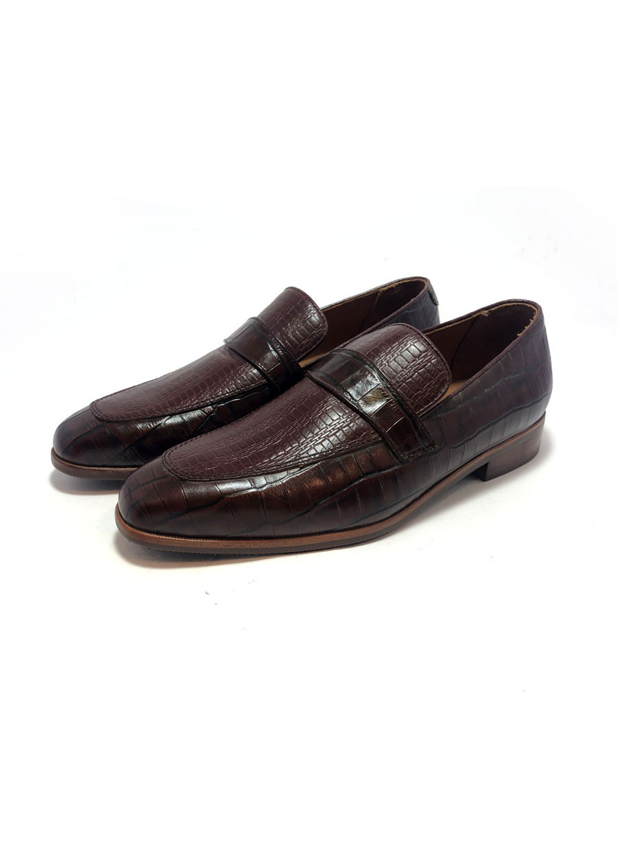 Giày nâu, dập vân cá sấu 7049-6