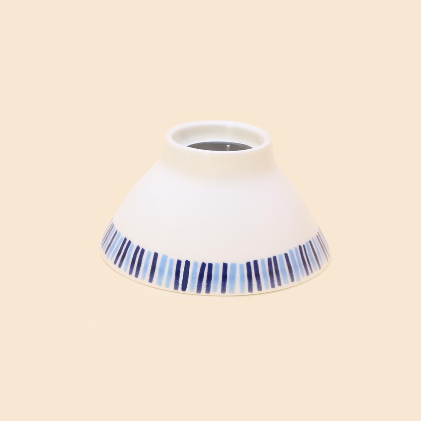 Chén gốm hoa văn xanh - Ceramic bowl