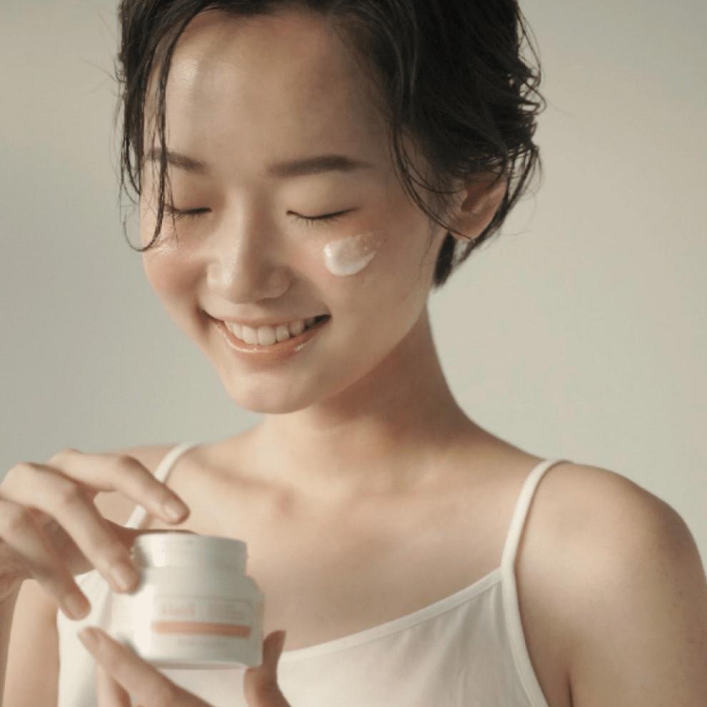 Mặt Nạ Tẩy Da Chết, Dưỡng Ẩm và Làm Mềm Mịn Da Klairs Youthful Glow Sugar Mask 110g