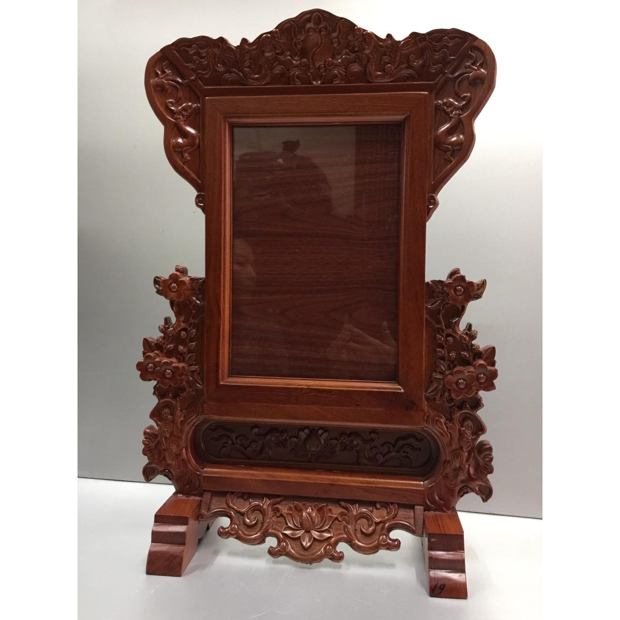 Khung ảnh thờ gỗ hương đỏ phun sơn PU màu nâu gụ