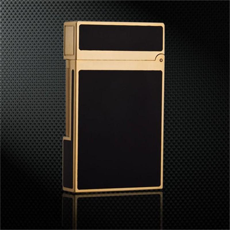 Combo Hộp Quẹt Bật Lửa Ga Đá DP88 Đen Vàng Sang Trọng + Tặng Bình Gas Chuyên Dụng Cho Bật Lửa (Màu Ngẫu Nhiên)