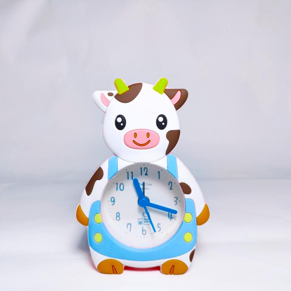 Đồng Hồ Để Bàn Bò Sữa (Màu Giao Ngẫu Nhiên)
