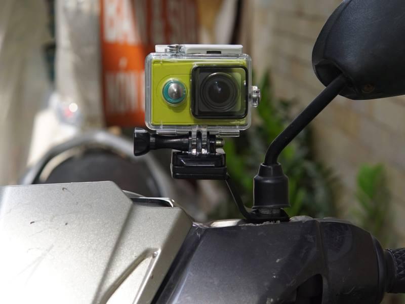 Pat Gắn GoPro / Action Cam Chân Kính Xe Máy - Hàng Nhập Khẩu