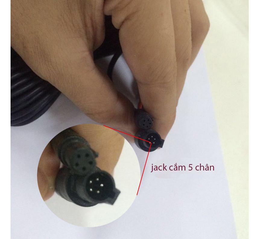 Camera luì 8 mắt hồng ngoại jack 2.5mm kết nối với màn hình camera hành trình
