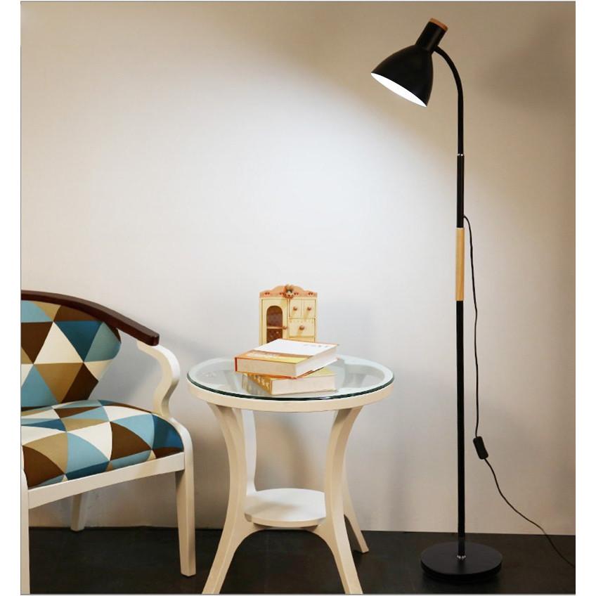 Đèn đứng LEONA hiện đại kèm bóng LED chuyên dụng