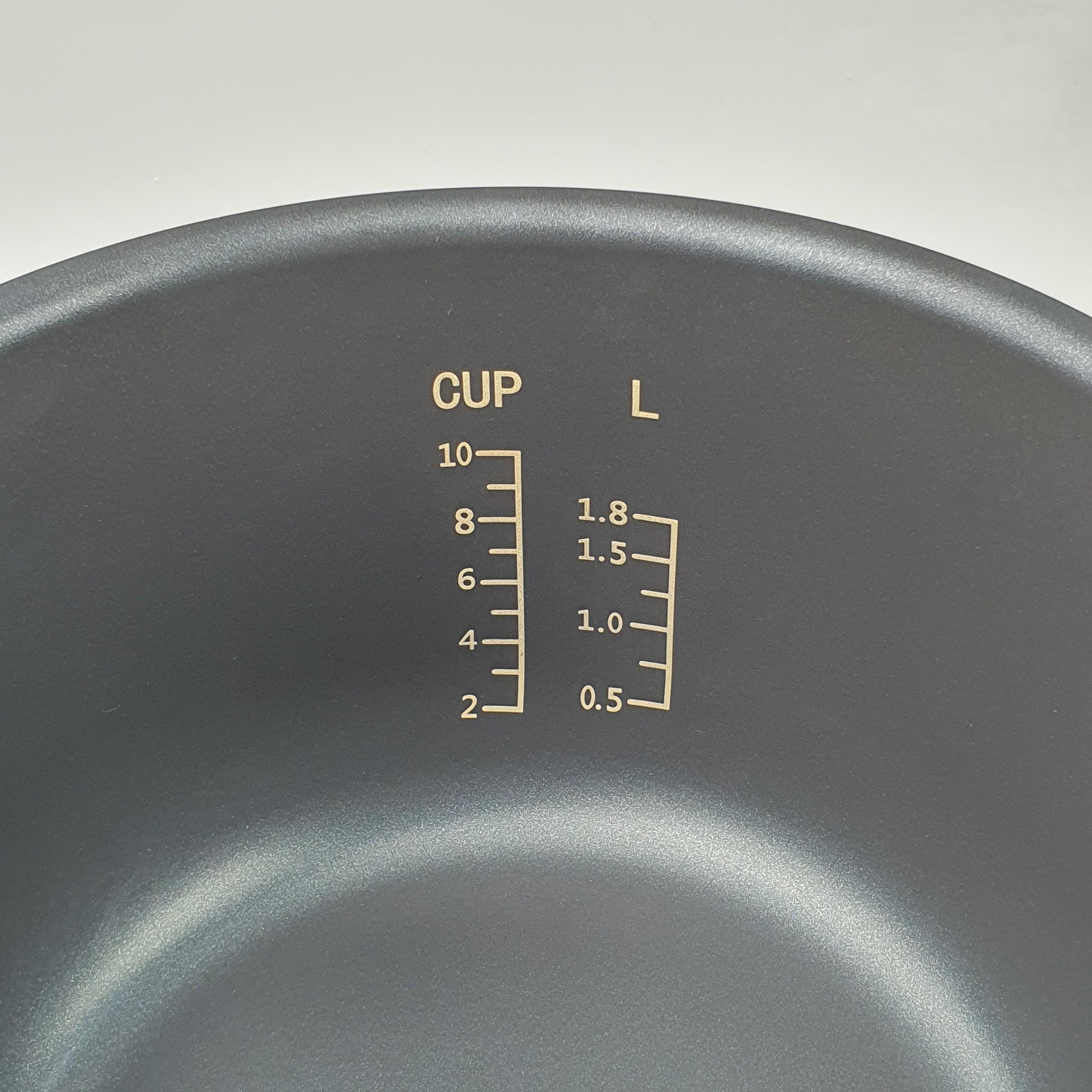 Nồi Cơm Điện Tử 1.8L Matika Đa Chức Năng Nấu Thân Inox Chống Dính 3 Lớp Nấu Cơm,Hấp Bánh,Nấu Cháo Hâm Nóng (Vàng Đồng)-Hàng Chính Hãng