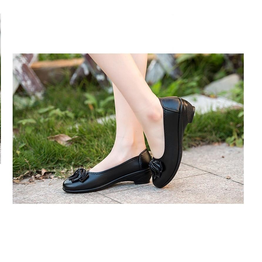 Giày trung niên nữ cao cấp